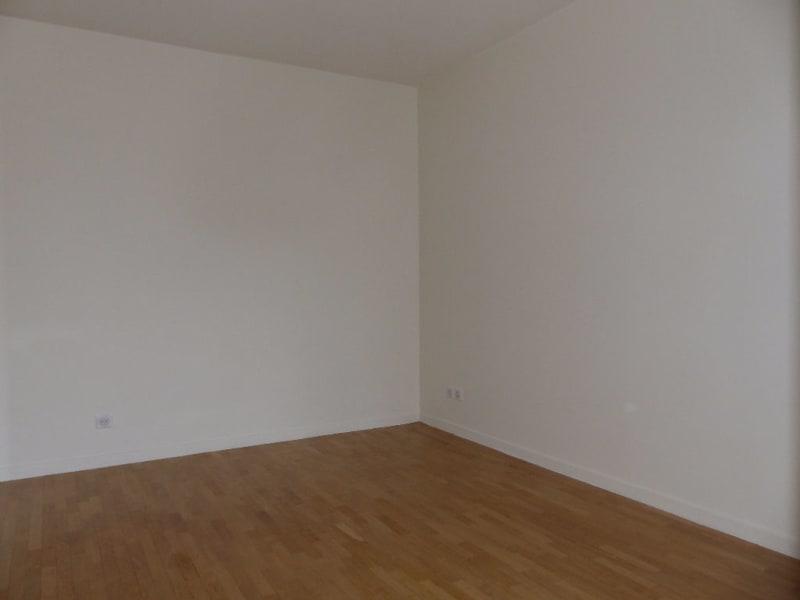 Rental apartment Carrieres sous poissy 748,69€ CC - Picture 4
