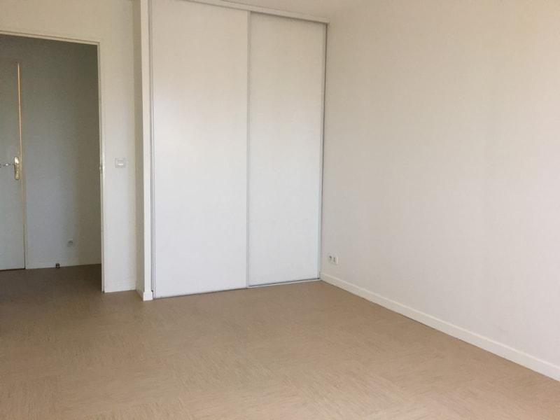 Rental apartment Poissy 1089€ CC - Picture 4