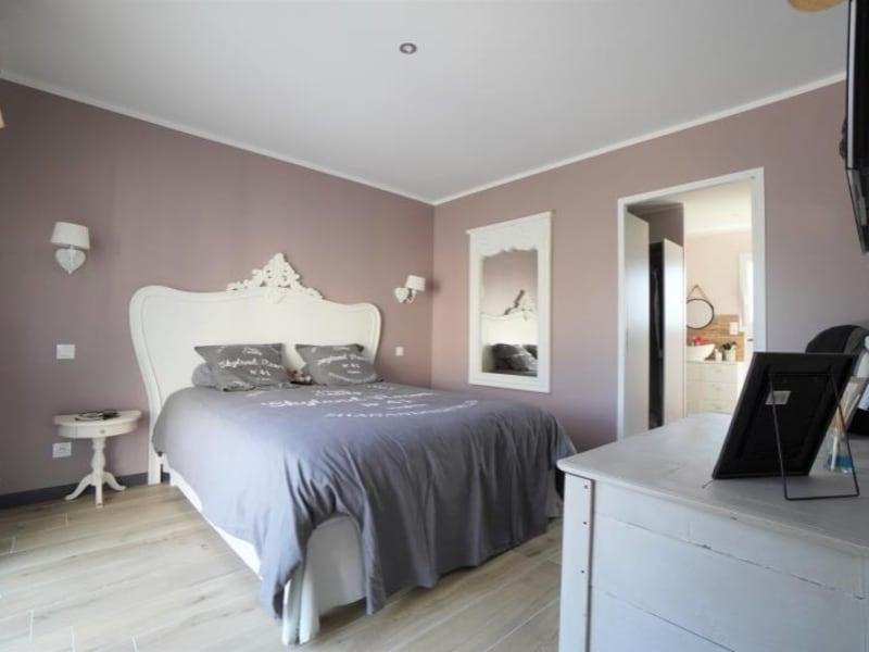Sale house / villa Change 435000€ - Picture 4