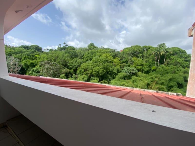 Location appartement Fort de france 880€ CC - Photo 2