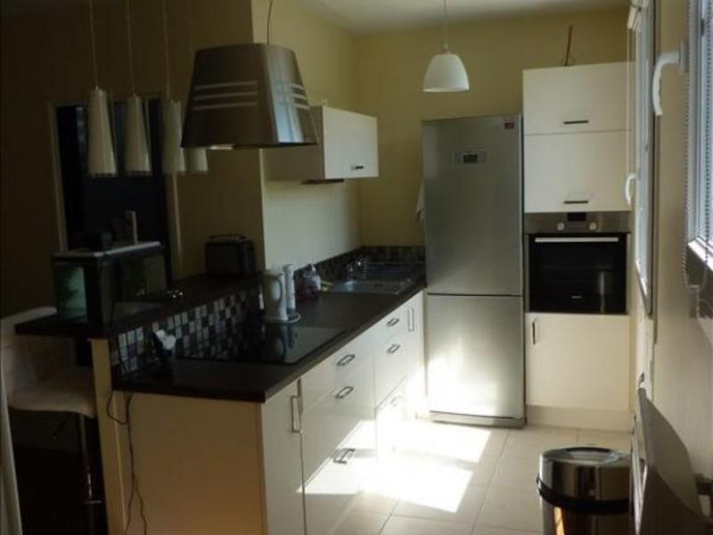 Rental apartment Le vesinet 1100€ CC - Picture 2