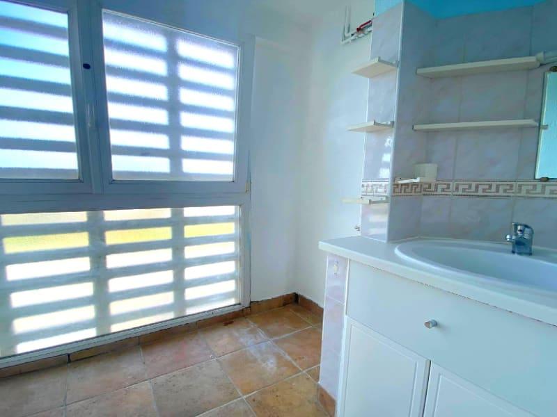 Rental apartment Les clayes sous bois 958€ CC - Picture 7