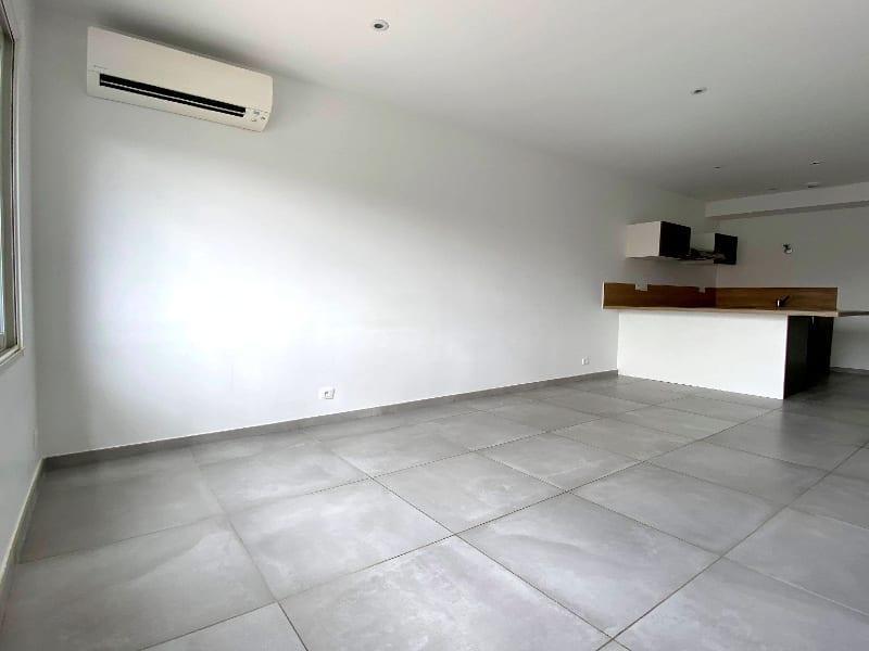 Rental apartment Les clayes sous bois 844€ CC - Picture 3