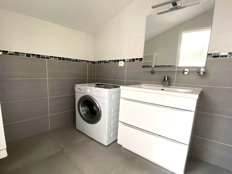 Rental apartment Les clayes sous bois 844€ CC - Picture 7