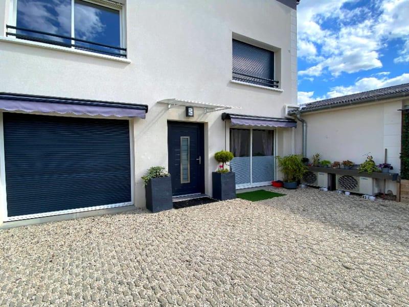 Rental apartment Les clayes sous bois 844€ CC - Picture 9