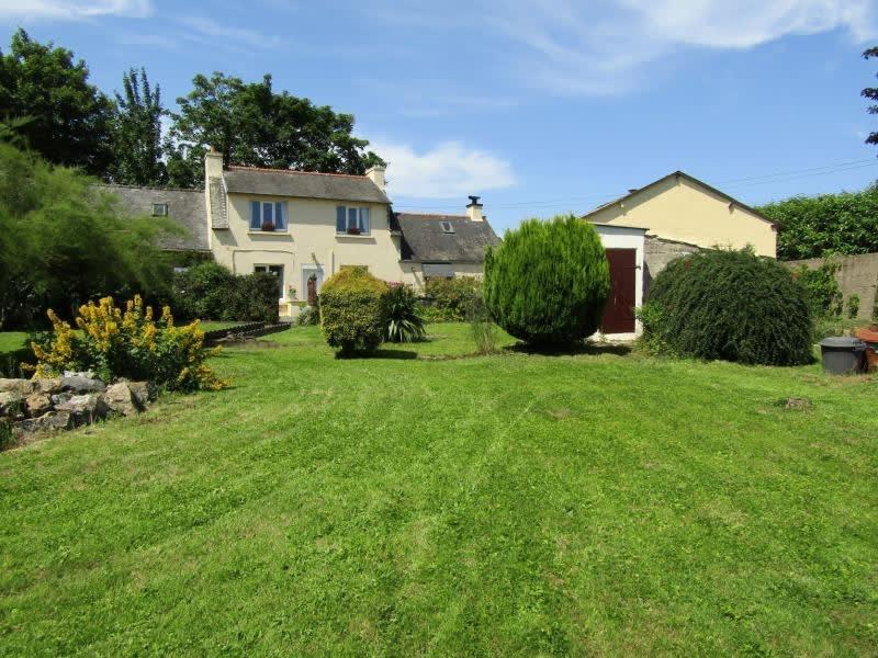 Sale house / villa Plourac h 107000€ - Picture 1