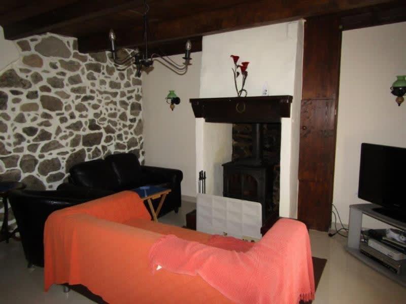 Sale house / villa Plourac h 107000€ - Picture 2