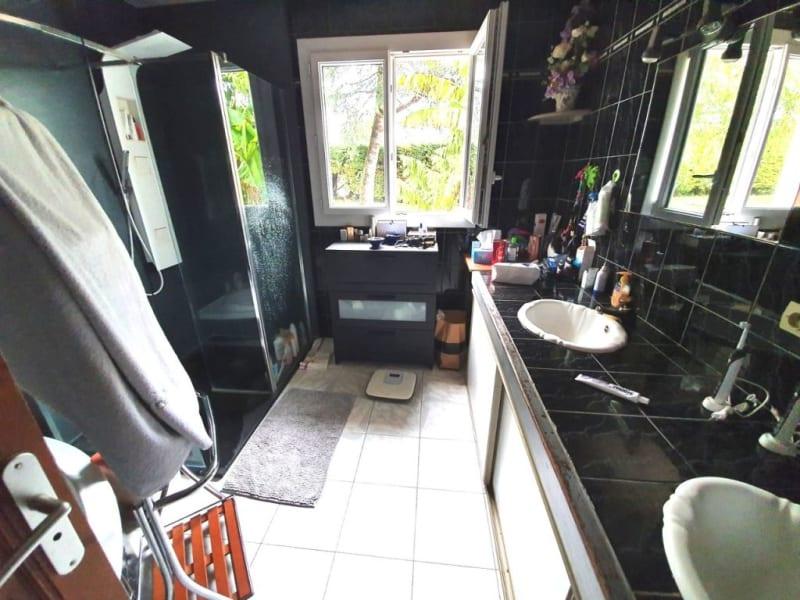Sale house / villa Étriac 221500€ - Picture 7