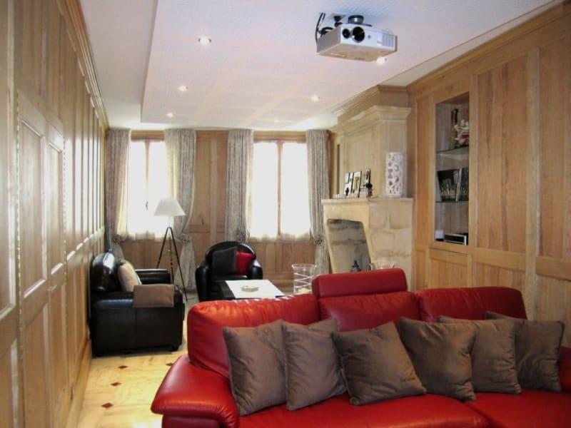 Sale house / villa Barbezieux-saint-hilaire 245000€ - Picture 2