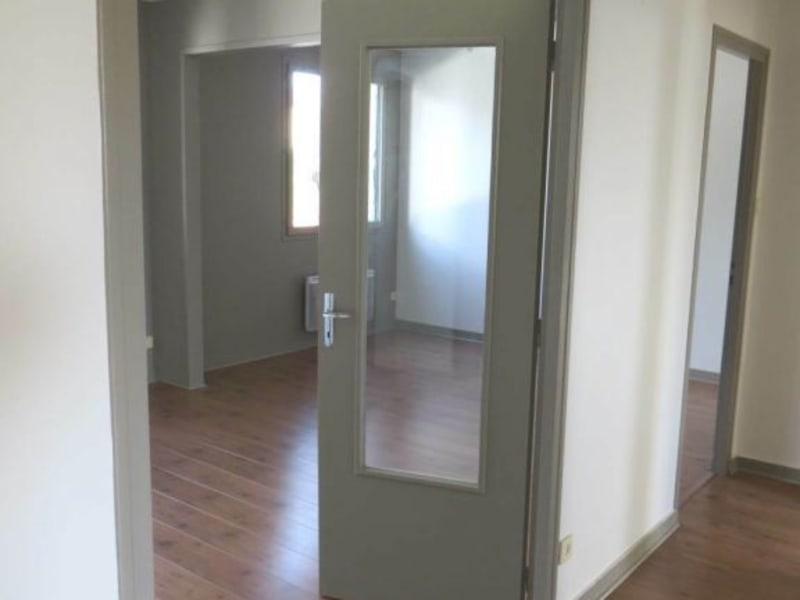 Rental apartment Cognac 498€ CC - Picture 4