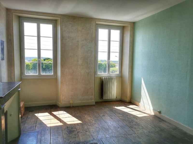 Sale building Barbezieux-saint-hilaire 149100€ - Picture 2