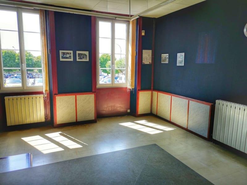 Sale building Barbezieux-saint-hilaire 149100€ - Picture 4