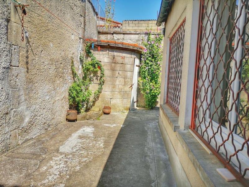 Sale building Barbezieux-saint-hilaire 149100€ - Picture 18