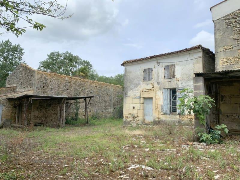 Sale house / villa Burie 52560€ - Picture 1