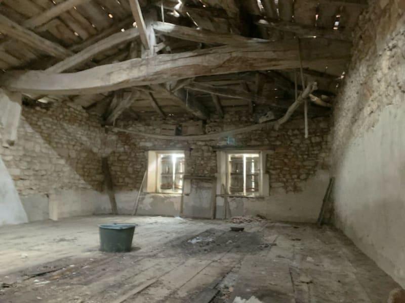 Sale house / villa Burie 52560€ - Picture 2