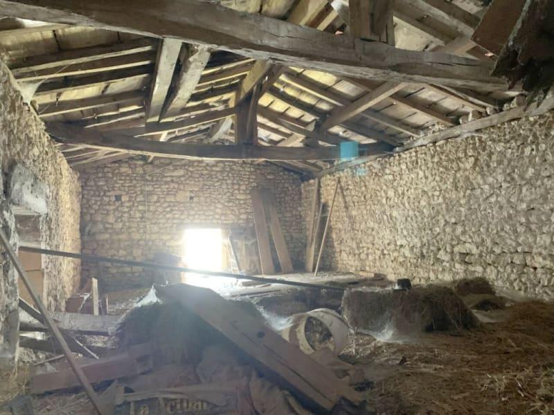 Sale house / villa Burie 52560€ - Picture 9