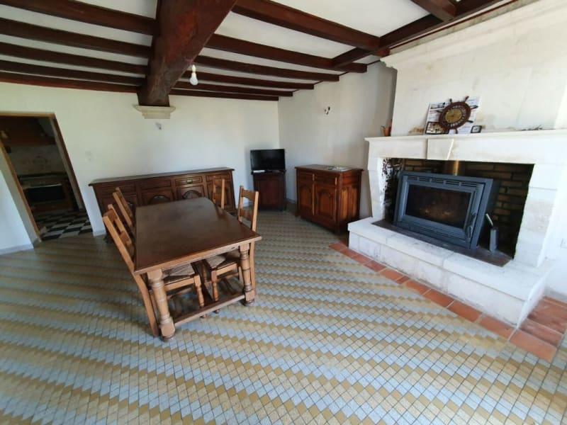Sale house / villa Barbezieux-saint-hilaire 229500€ - Picture 2