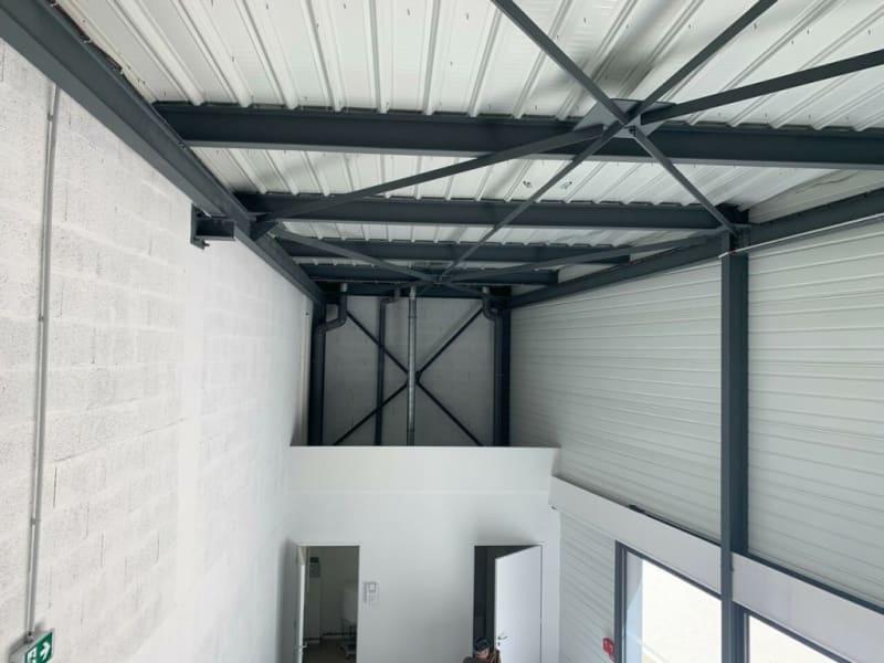 Rental empty room/storage Châteaubernard 2450€ HC - Picture 9