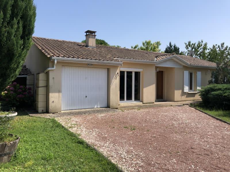 Sale house / villa Prignac et marcamps 235000€ - Picture 1