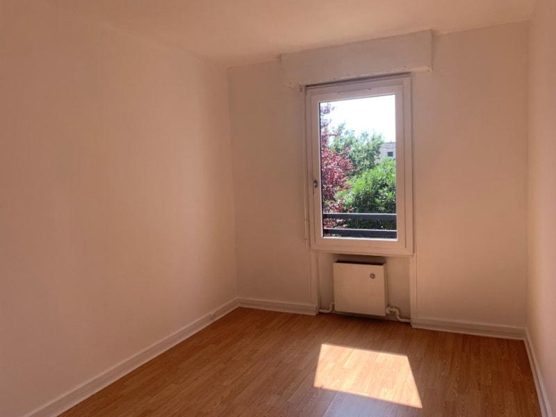 Rental apartment Conflans ste honorine 902€ CC - Picture 2