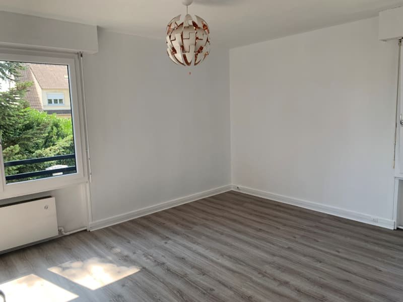 Rental apartment Conflans ste honorine 902€ CC - Picture 3