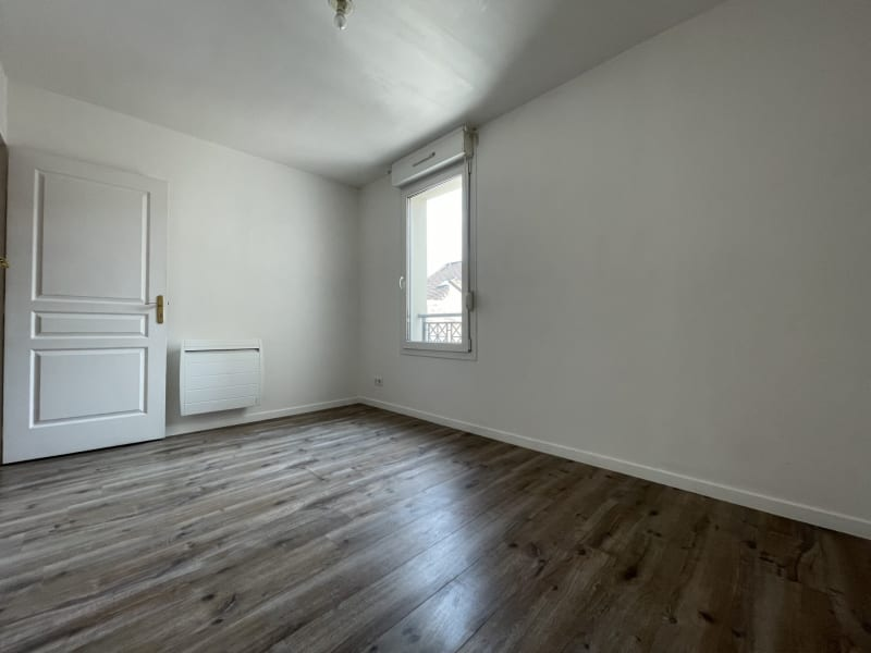 Rental apartment Arpajon 750€ CC - Picture 5