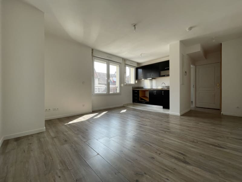 Rental apartment Arpajon 750€ CC - Picture 1