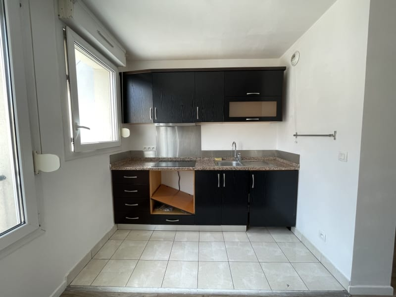 Rental apartment Arpajon 750€ CC - Picture 4