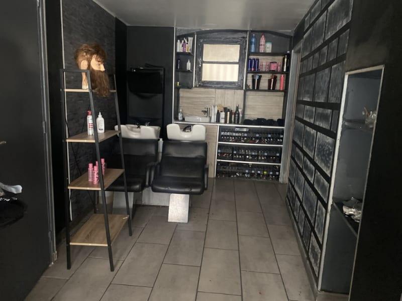 Rental empty room/storage Villeneuve les avignon 1200€ HC - Picture 3