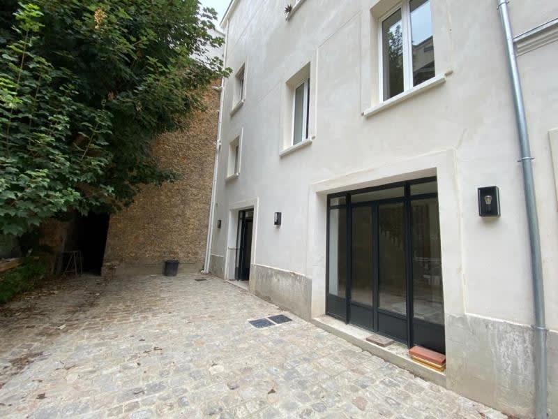 Rental apartment Le pecq 1990€ CC - Picture 1