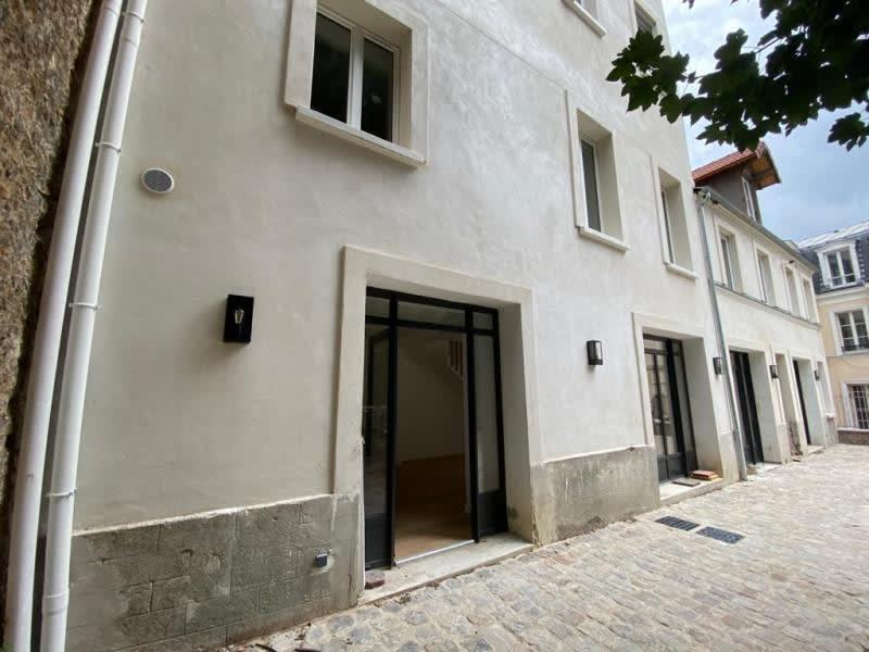 Rental apartment Le pecq 1990€ CC - Picture 2