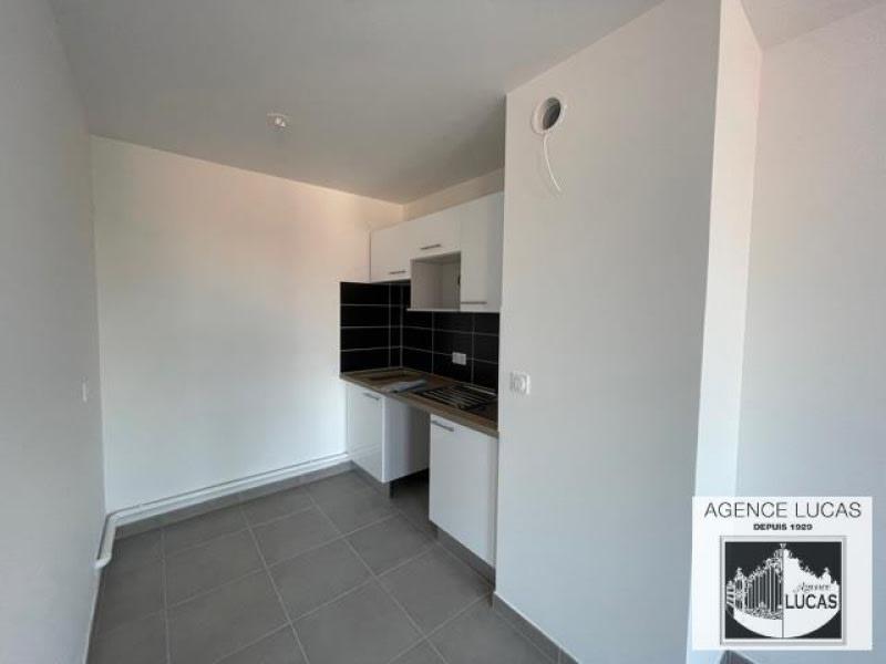 Location appartement Villemomble 1040€ CC - Photo 5