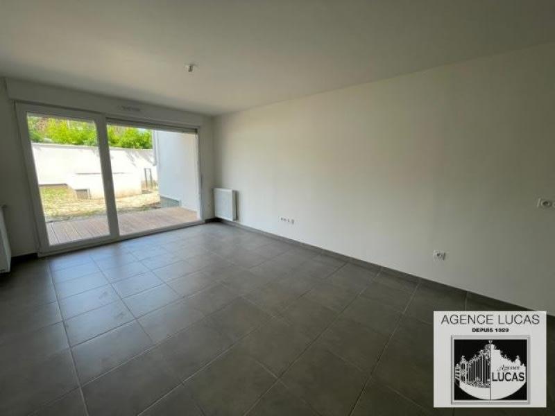 Location appartement Villemomble 860€ CC - Photo 3