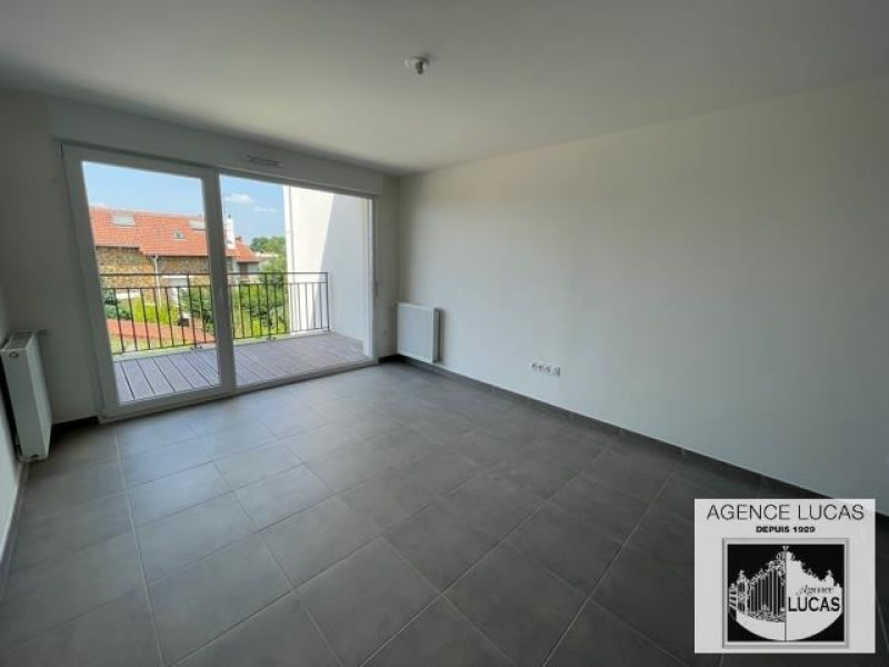 Rental apartment Villemomble 985€ CC - Picture 3