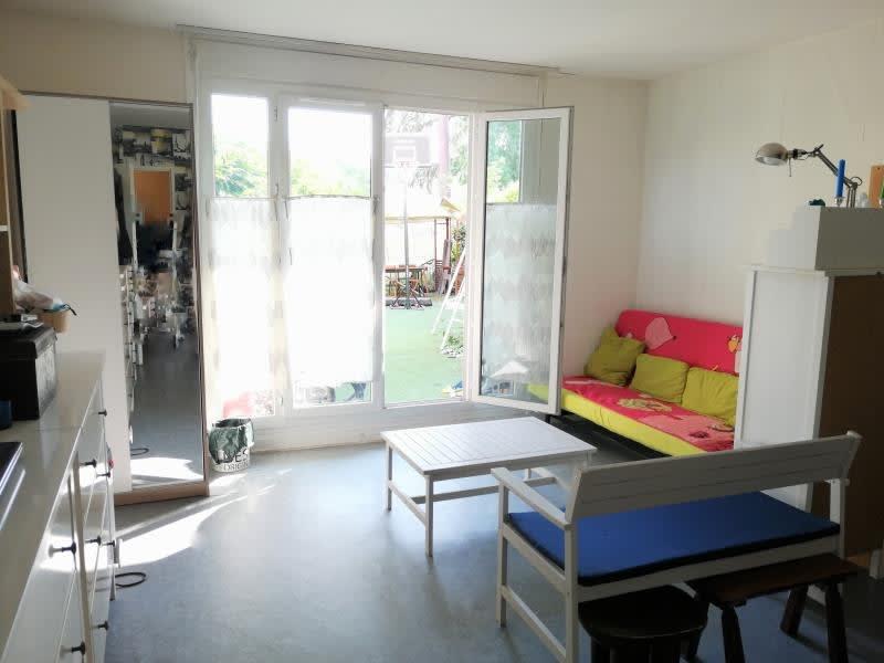 Sale apartment Fontenay le fleury 245000€ - Picture 2