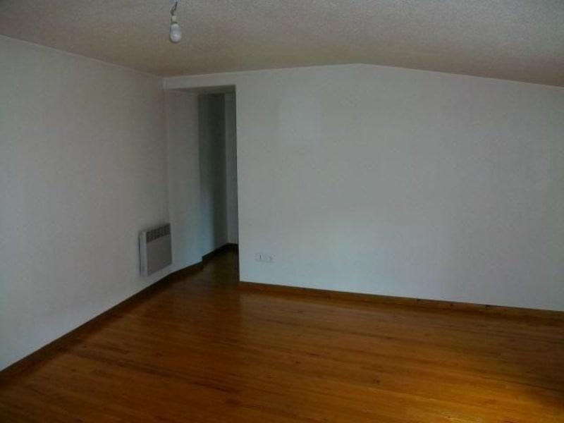 Location appartement St symphorien de lay 335€ CC - Photo 4