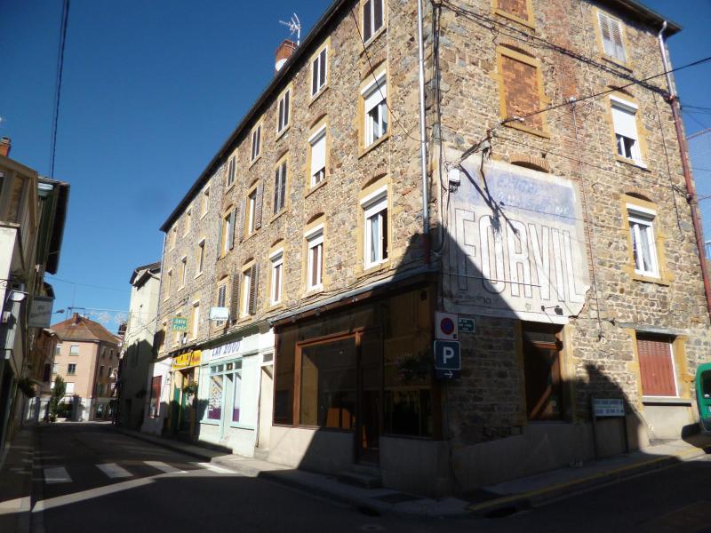 Location appartement Amplepuis 325€ CC - Photo 1