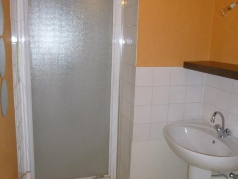 Location appartement Sain bel 459€ CC - Photo 5