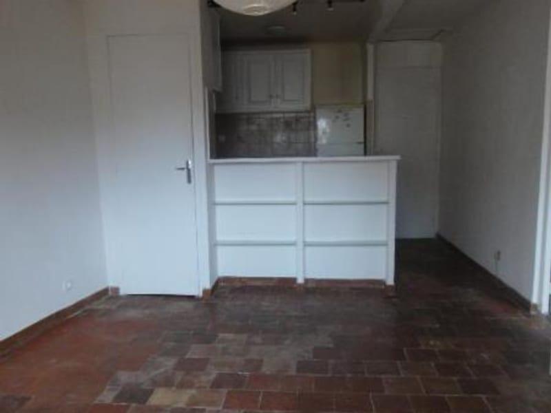 Location appartement Aix-en-provence 741,12€ CC - Photo 7