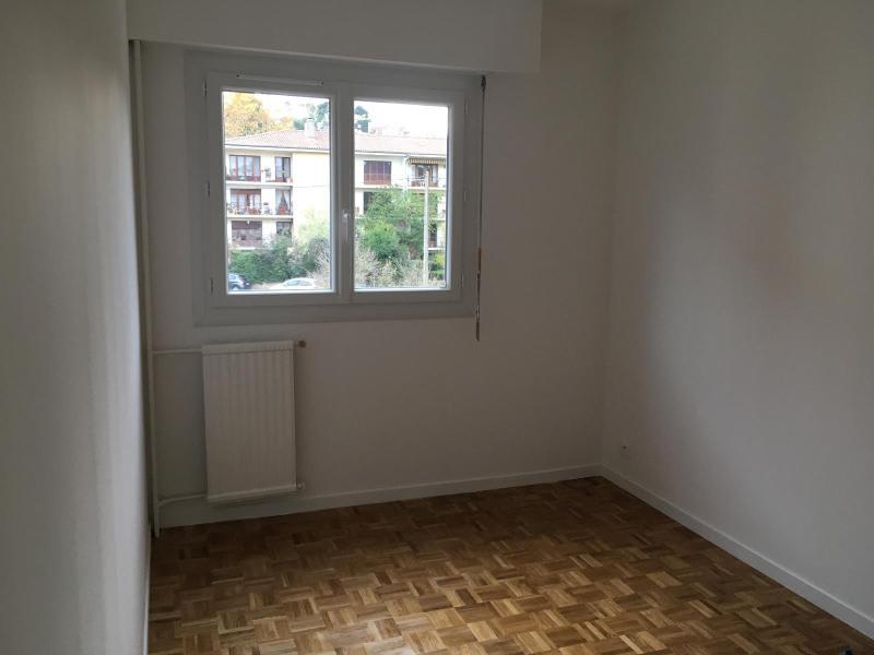 Location appartement Aix en provence 1105€ CC - Photo 8