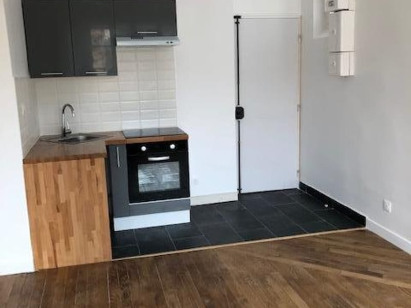 Rental apartment Colombes 880€ CC - Picture 2
