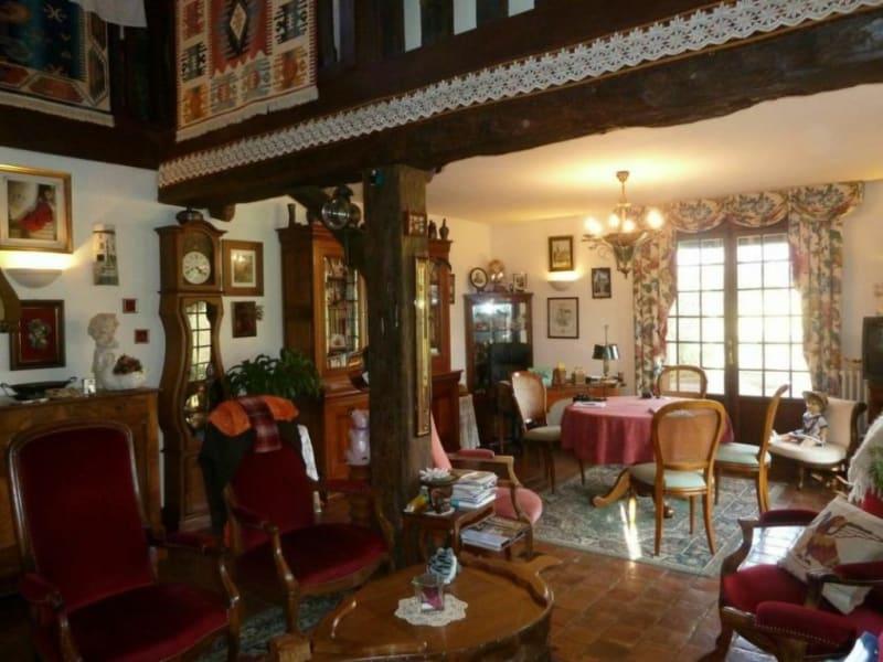 Sale house / villa Livarot-pays-d'auge 294000€ - Picture 2