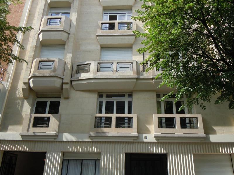 Location appartement Neuilly sur seine 1260€ CC - Photo 8