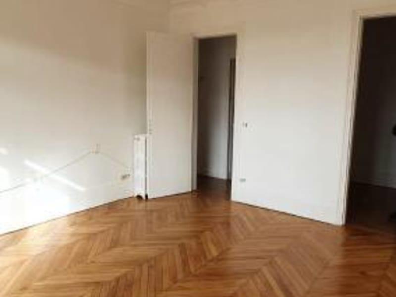 Location appartement Neuilly sur seine 2640€ CC - Photo 3