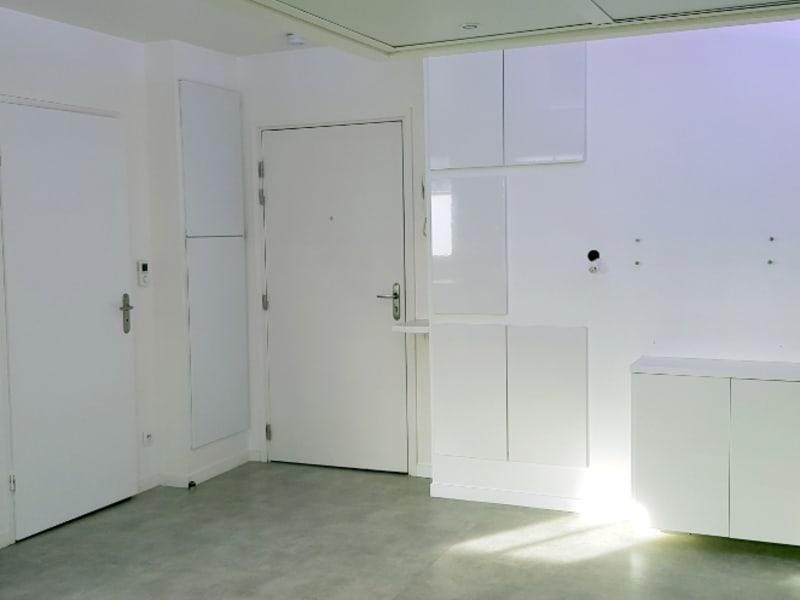 Rental apartment Saint ouen l aumone 650€ CC - Picture 2