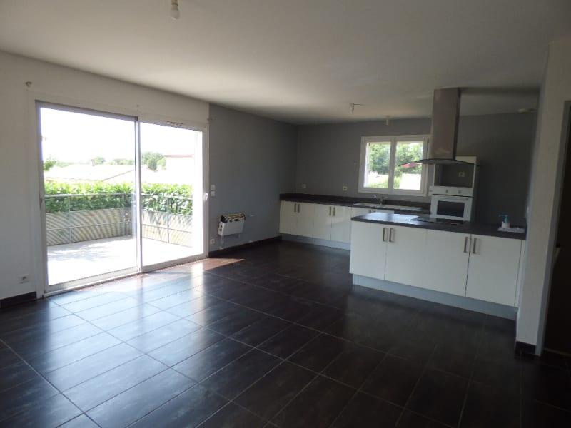 Sale house / villa Bout du pont de larn 209000€ - Picture 9