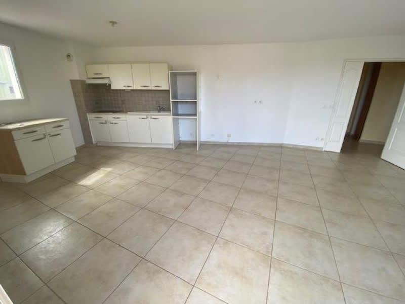 Alquiler  apartamento Eguilles 1135€ CC - Fotografía 3