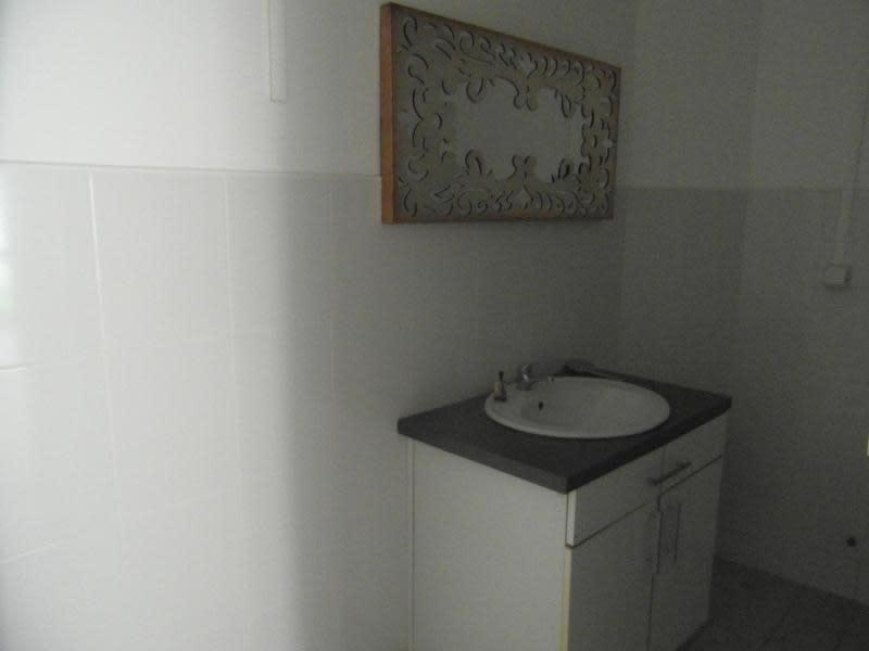 Rental empty room/storage St denis 1200€ HC - Picture 7