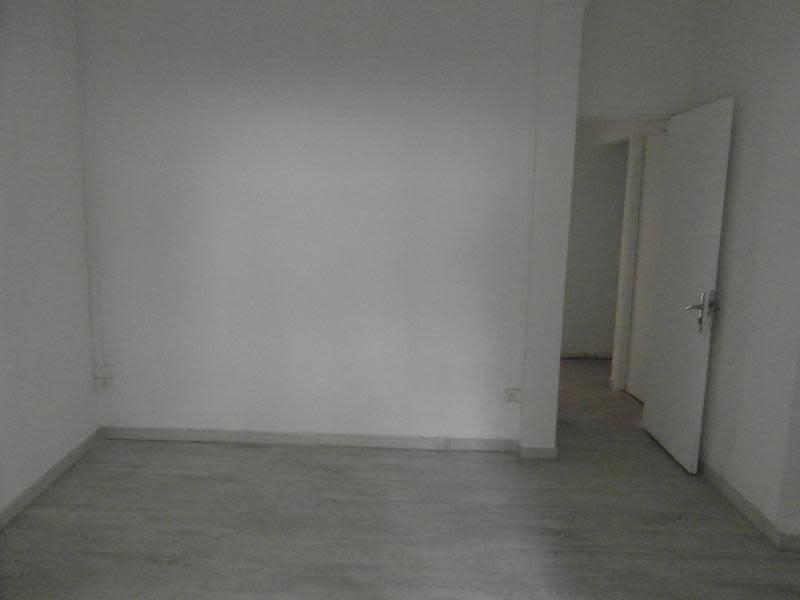 Rental empty room/storage St denis 1200€ HC - Picture 8