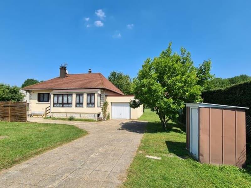 Sale house / villa Aulnay sur mauldre 325000€ - Picture 1